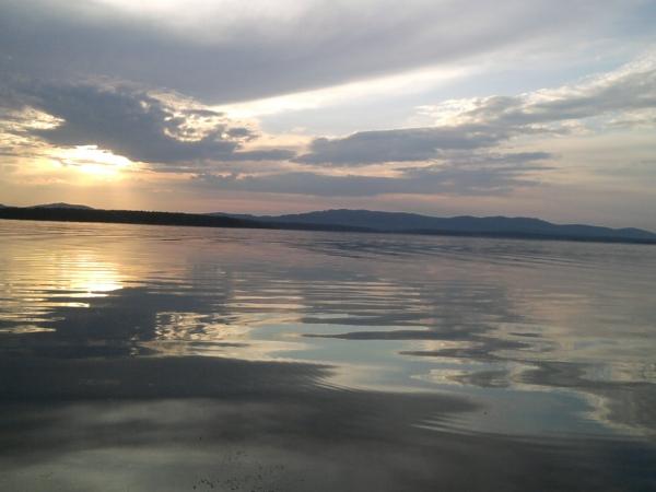 Закат в озерске озеро иртяш